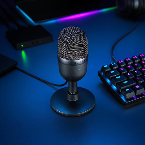Razer Seiren Mini Ultra-compact Streaming Microphone - Quartz 15