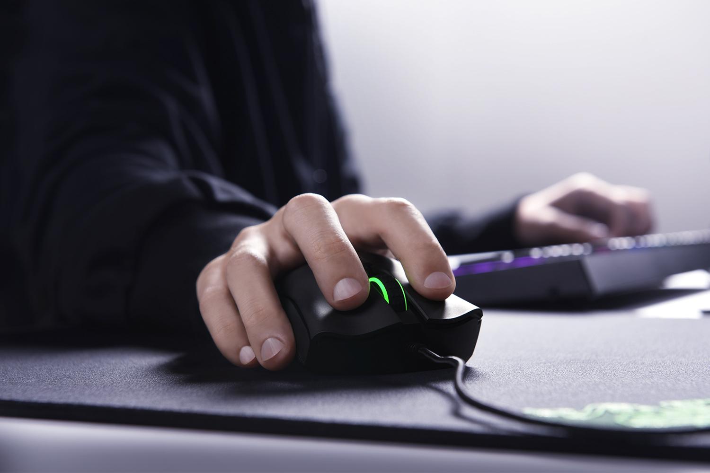 Razer Deathadder Elite The Esports Gaming Mouse